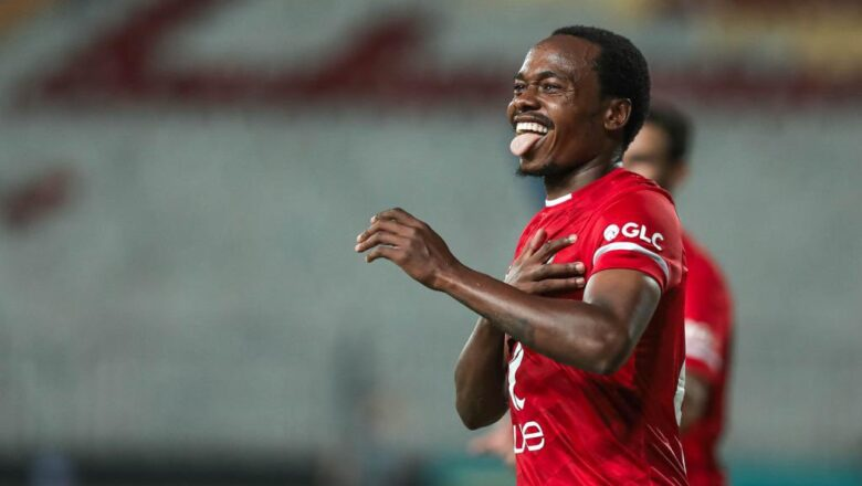 EGYPTIAN PREMIER LEAGUE PERCY TAU BAGS A BRACE ON HIS DEBUT WITH AL AHLY (VIDEO)